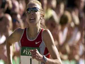 Paula Radcliffe says she never imagined her former-world record to stand for 16 years [Video]