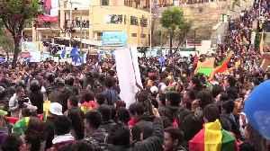 Adeptos de Mesa y Morales se enfrentan en Bolivia por recuento de votos [Video]
