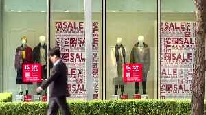 Uniqlo ad sparks protests and parody in S. Korea [Video]