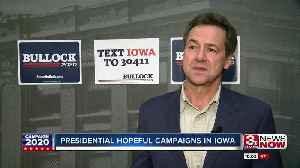 Presidential hopeful campaigns in Iowa [Video]