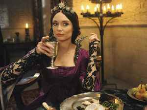 """Galavant"" Stars Mallory Jansen & Luke Youngblood on Prep for Medieval Musical [Video]"