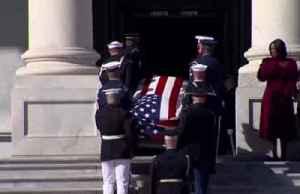 U.S. lawmakers remember Elijah Cummings [Video]