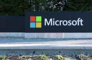 Microsoft beats Amazon for Pentagon's $10 bln cloud computing contract [Video]