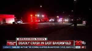 Deadly crash in East Bakersfield [Video]