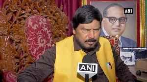News video: Shiv Sena should accept Dy CM post for Aditya Thackeray for 5years Ramdas Athwale