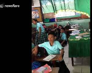Moment schoolchildren are evacuated as earthquake hits in the Philippines [Video]
