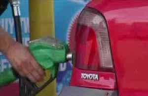 BP profits slump on weaker oil prices [Video]
