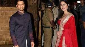 Couple Katrina Kaif with Vicky Kaushal At Amitabh Bachchan Grand Diwali Party 2019 [Video]