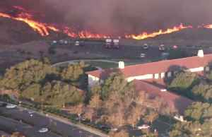 News video: Wildfire erupts near Reagan Library