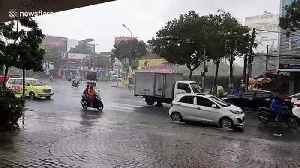 Tropical storm Matmo brings heavy wind and rain to Da Nang, Vietnam [Video]