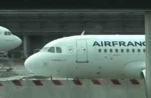 Airline earnings: Air France-KLM disappoint, IAG hit by strikes [Video]