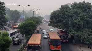 Indian government issues masks to schoolchildren as New Delhi chokes on thick smog [Video]