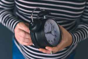 News video: Here's How Daylight Saving Time Affects Your Health (Daylight Saving Time Ends)