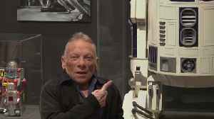 R2-D2 actor tells of joy at filling Kenny Baker's shoes inside 'the can' [Video]