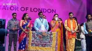 Londoners come together to celebrate Hindu festival Diwali in Trafalgar Square [Video]