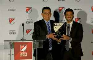 Mexico's Vela named MLS MVP after record-breaking season with LAFC [Video]