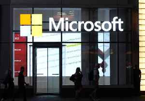 Microsoft Tests 4-Day Workweek and Productivity Increases 40% [Video]