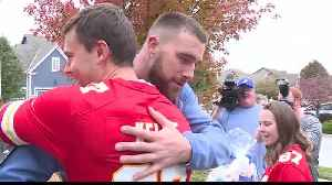 Travis Kelce surprises Blue Star family with new beds [Video]