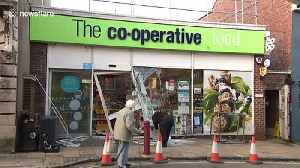 Ram-raid by thieves leaves Co-op store in south England smashed [Video]