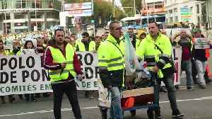 Energy supplier employees in Madrid go on strike over job security [Video]