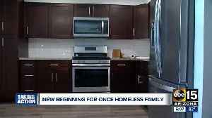 Valley homeless family gets keys to new apartment [Video]