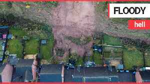 Thirty-five homes have been evacuated in Nottinghamshire after a mudslide [Video]
