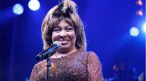 Tina Turner Wows Audience With Surprise Visit To Broadway Show [Video]