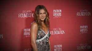 News video: Jennifer Aniston, Oprah Winfrey & More Stars Step Out