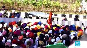Hundreds of Indian Sikhs make historic pilgrimage to holy site in Pakistan [Video]