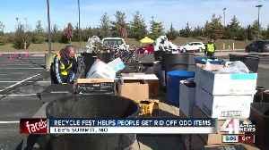 Lee's Summit helps people get rid of odd junk [Video]