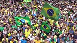 Thousands protest against former Brazilian president Lula's release from jail [Video]