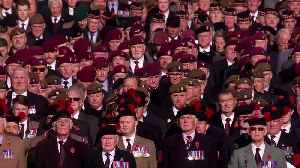 Queen leads Remembrance Day ceremony in London [Video]