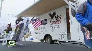Mobile Veterans Center rolls up to Lambeau [Video]