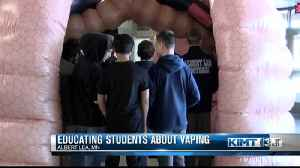 Inflatable lungs teach students about the dangers of vaping [Video]