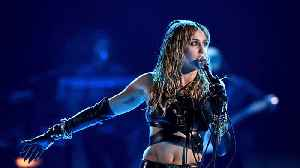 Miley Cyrus reportedly recovering after undergoing vocal cord surgery [Video]