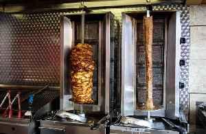Pub offers job eating kebabs [Video]