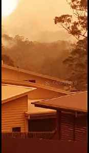 News video: Intense red skies and smoke from fires in Australia
