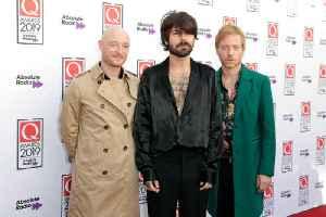 Biffy Clyro slam Fleetwood Mac over Glastonbury snub [Video]