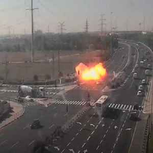 Shocking footage shows rockets hitting a busy Israeli highway [Video]