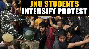 JNU Students ntensify protest over fee hike, call for immediate resolution | OneIndia News [Video]