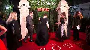 Olivia Colman arrives for London premiere of The Crown [Video]