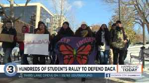 Hundreds of students rally in freezing temperatures to defend DACA [Video]