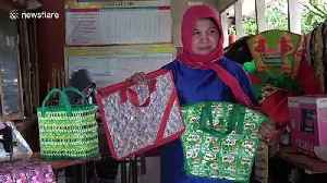 Indonesian mother establishes waste bank to help prevent plastic pollution [Video]
