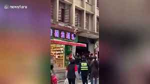 Chinese toddler luckily lands on canopy after falling from first floor of building [Video]