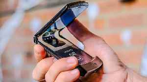 Motorola Razr hands on: The revived RAZR is a fashion-forward foldable [Video]