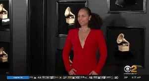 News video: Alicia Keys To Host GRAMMYs Again