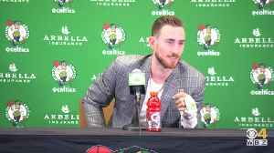 Gordon Hayward On His Broken Hand And Art On His Splint [Video]