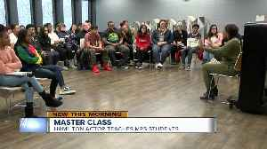 'Hamilton' actress hosts master class for high school theater students [Video]