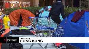 Students and protesters block Hong Kong Polytechnic University [Video]
