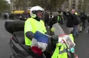 Paris police fire tear gas on 'yellow vest' protests anniversary [Video]